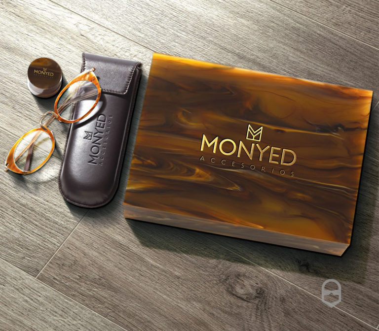Monyed